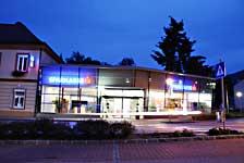 Sparkasse Gloggnitz, Niederösterreich, gemeinsam mit Architekt Kurt Karhan, Renovierung und Fassadenerneuerung